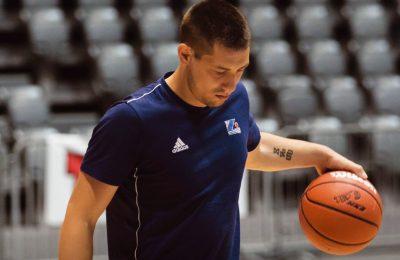 Martin Junaković produžio je suradnju s KK Zadrom